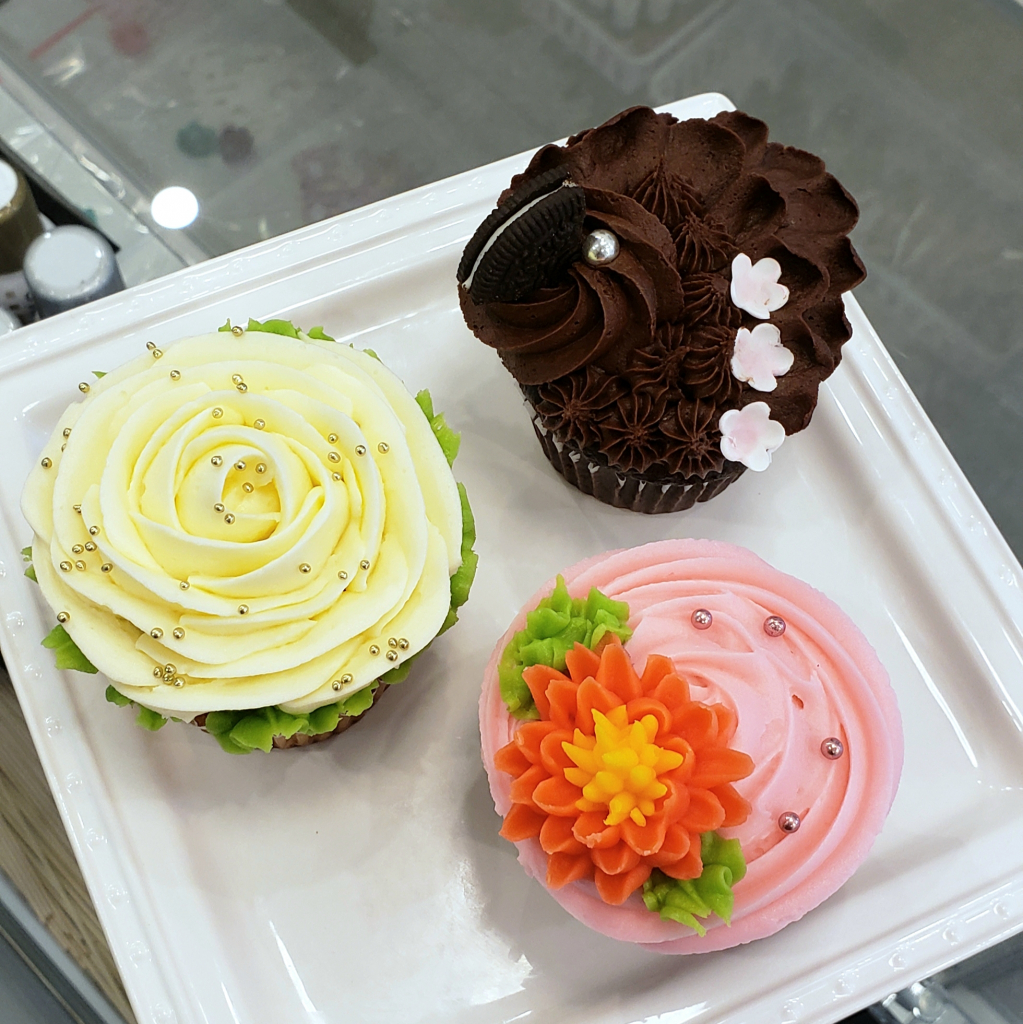Thumbnail of: SERIOUSLY BUTTERCREAM CLASS - FEB. 29 2020